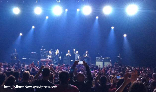 SW Hand Cannot Erase Zorlo Istanbul AlbumNow (1)
